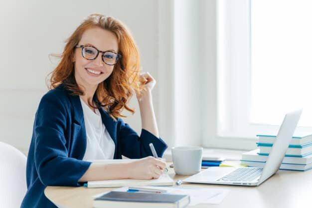 5-modi-per-essere-felici-al-lavoro