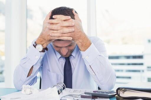 uomo-stressato